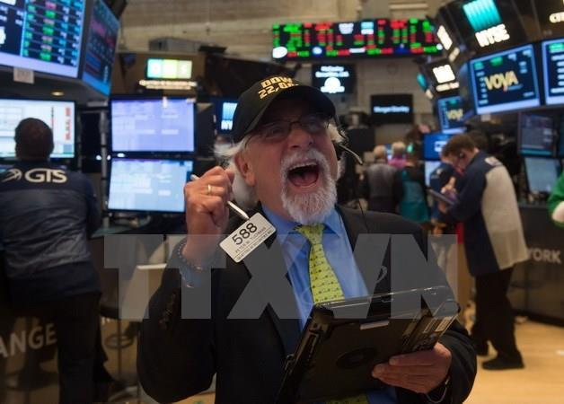 Các chỉ số chính của thị trường chứng khoán Mỹ ở mức cao kỷ lục