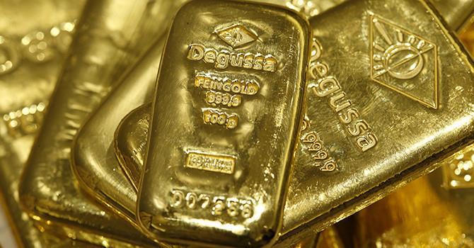 """Bitcoin cùng chứng khoán Mỹ """"tăng áp"""", giá vàng về đáy 4 tháng rưỡi"""