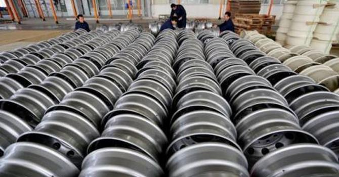 """Bộ Công Thương đã họp bàn cách ứng phó với cáo buộc thép Trung Quốc """"núp bóng"""" hàng Việt"""