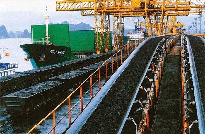Trung Quốc 'siết' nhập khẩu, TKV vỡ kế hoạch xuất khẩu than, tồn kho 2,5 triệu tấn