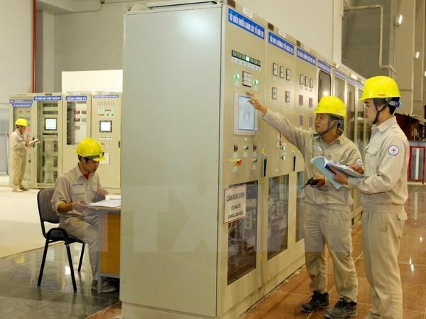 Tiêu thụ điện trên địa bàn Hà Nội tăng vọt trong những ngày nắng nóng