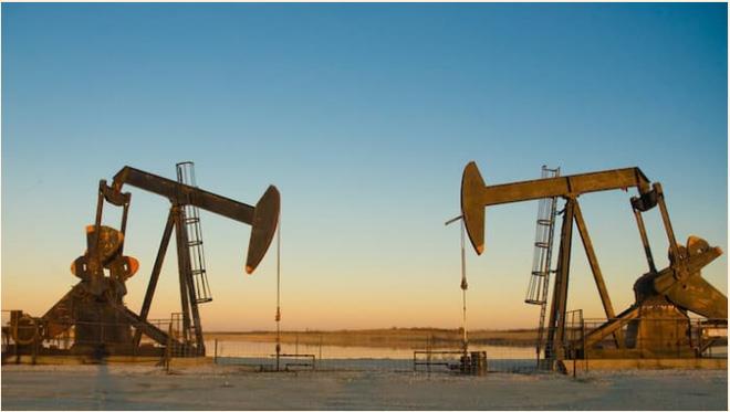 Giá dầu giảm nhẹ, Brent có tuần tăng giá liên tiếp thứ 6
