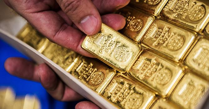 Giá vàng đóng cửa ở mức cao nhất trong 1 tháng sau quyết định của ECB