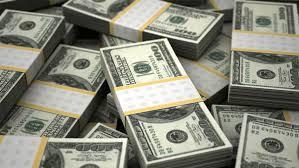 Ngân hàng tăng mạnh giá USD