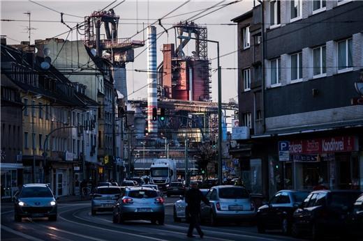 Nỗi sợ chiến tranh thương mại phủ bóng kinh tế toàn cầu