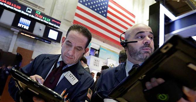 Chứng khoán Mỹ trái chiều, Dow Jones giảm 7 phiên liên tục