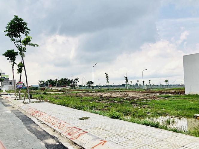 Đất huyện Hà Nội tăng giá 47%, đất quận TP.HCM tăng 20%
