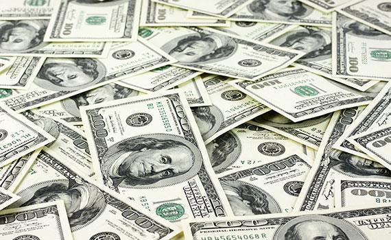Giá USD liên ngân hàng 'đụng' giá bán của Ngân hàng Nhà nước