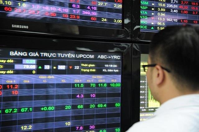 Xử phạt quỹ ngoại vi phạm quy định giao dịch