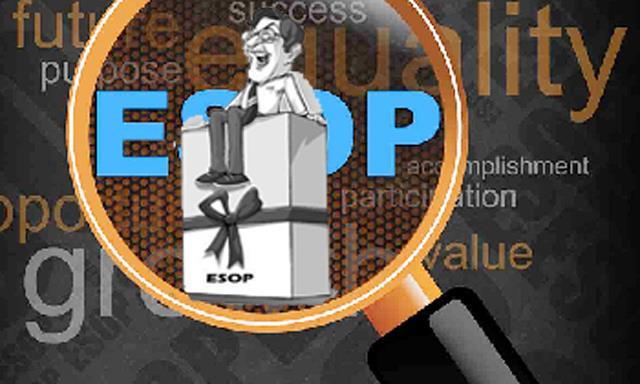 Cổ phiếu ESOP: 'Món quà' dành cho ai?
