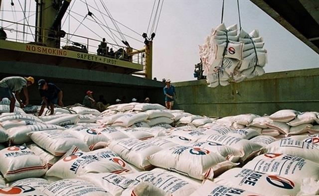 Xuất khẩu gạo sụt giảm mạnh trong tháng 9