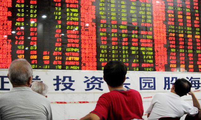 Chứng khoán Trung Quốc mất 3.000 tỷ USD vốn hóa trong 6 tháng