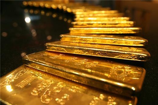 Fed giữ quan điểm thắt chặt tiền tệ, vàng giảm giá