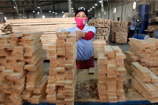 SSI Retail Research: Ngành gỗ, logistics, khu công nghiệp có thể tận dụng cơ hội từ chiến tranh thương mại