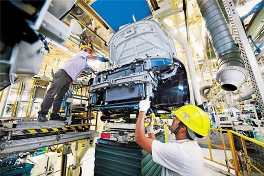 Nikkei: PMI sản xuất của Việt Nam thấp nhất 5 tháng