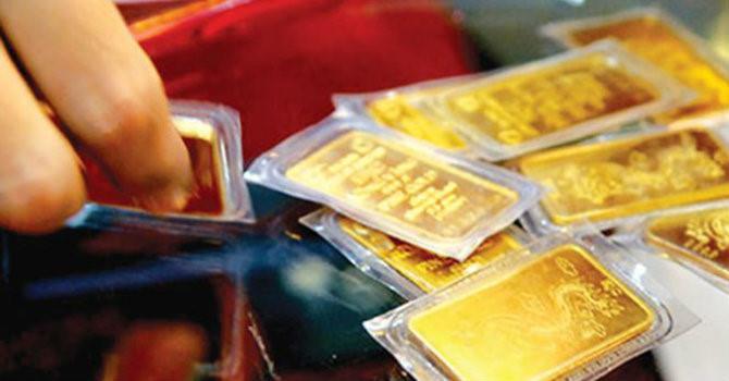 Giá bán vàng miếng SJC quay đầu giảm