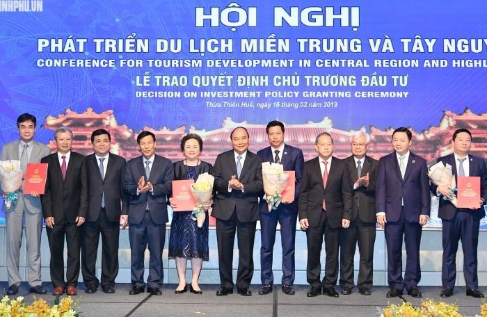 Thủ tướng muốn mỗi người dân Việt Nam là một 'đại sứ du lịch'