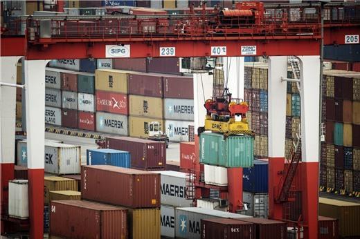 Bloomberg: Trung Quốc còn 'rương đạn dược' 3.650 tỷ USD trong cuộc chiến thương mại với Mỹ