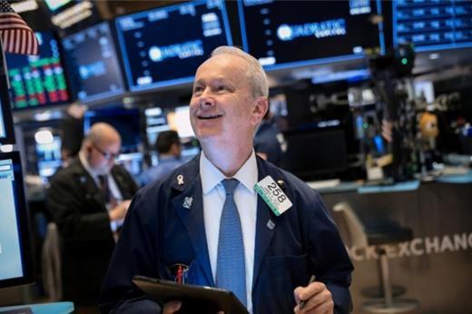 Số liệu kinh tế, lợi nhuận doanh nghiệp tốt, Phố Wall tăng phiên thứ 3 liên tiếp
