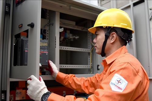 Bộ Công Thương: Nếu tính đủ chênh lệch tỷ giá, giá điện tăng 9,26%