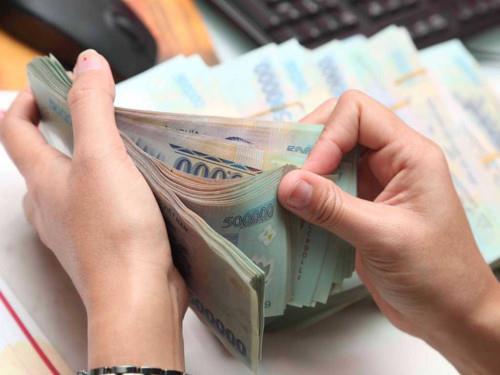 Giao dịch bất động sản bằng tiền mặt từ 300 triệu phải báo cáo