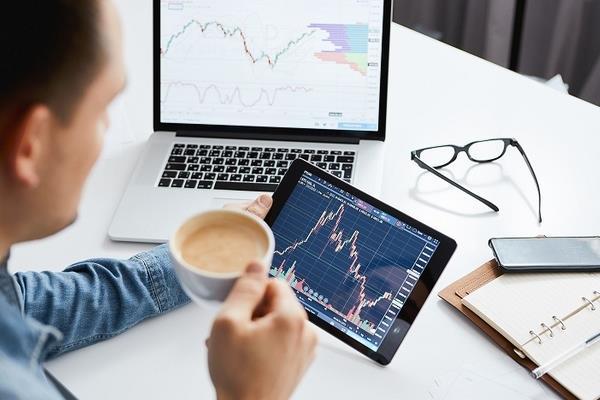 Khối ngoại bán ròng hơn 515 tỷ đồng trong tuần hai quỹ ETF giao dịch